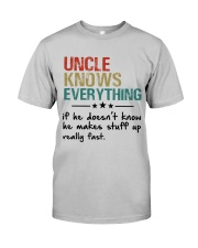 Uncle knows everything Classic T-Shirt front