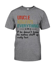 Uncle knows everything Classic T-Shirt tile