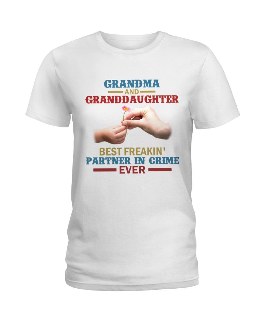 Grandma and granddaughter Best partner in crime Ladies T-Shirt
