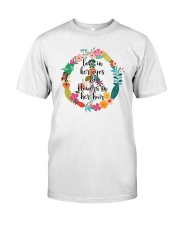 Love In Her Eyes Classic T-Shirt front
