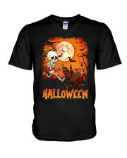 CHICKEN HALLOWEEN RUNNING V-Neck T-Shirt thumbnail