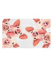 AN AWESOME PIG Hand Towel (horizontal) front