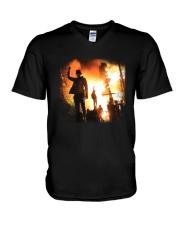 Iconic Click V-Neck T-Shirt thumbnail