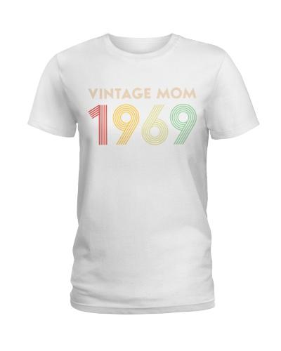 Vintage Mom 1969