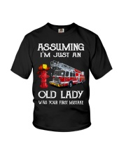 I'm just an old lady Youth T-Shirt thumbnail