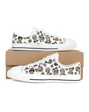 Golden Girls Shoes Men's Low Top White Shoes inside-right-outside-right