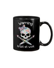 Artist at work Mug tile