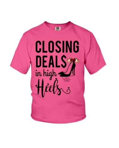 Closing Deals in high Heels