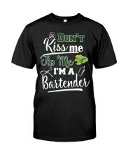 Don't Kiss Me Tip Me I'm A Bartende Classic T-Shirt thumbnail