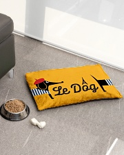 Le Dog Pet Bed - Small aos-pet-bed-small-lifestyle-front-01