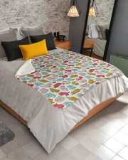 """Kittens Pattern Sherpa Fleece Blanket - 50"""" x 60"""" aos-sherpa-fleece-blanket-lifestyle-front-02"""