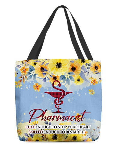 Pharmacist Cute Enought To Stop Your Heart