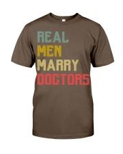 Real Men Marry Doctors Classic T-Shirt thumbnail