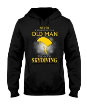 OLD MAN WHO LOVES SKYDIVING Hooded Sweatshirt thumbnail