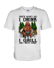 I Grill And I Know Things V-Neck T-Shirt thumbnail