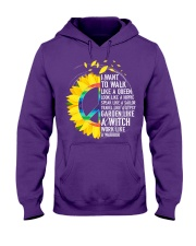 I want to walk like a queen Hooded Sweatshirt front