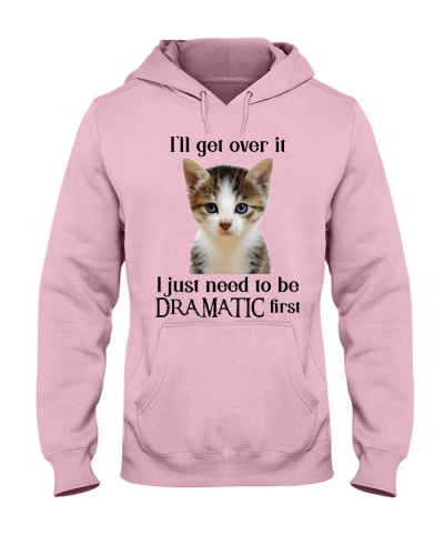 Cat DRAMATIC
