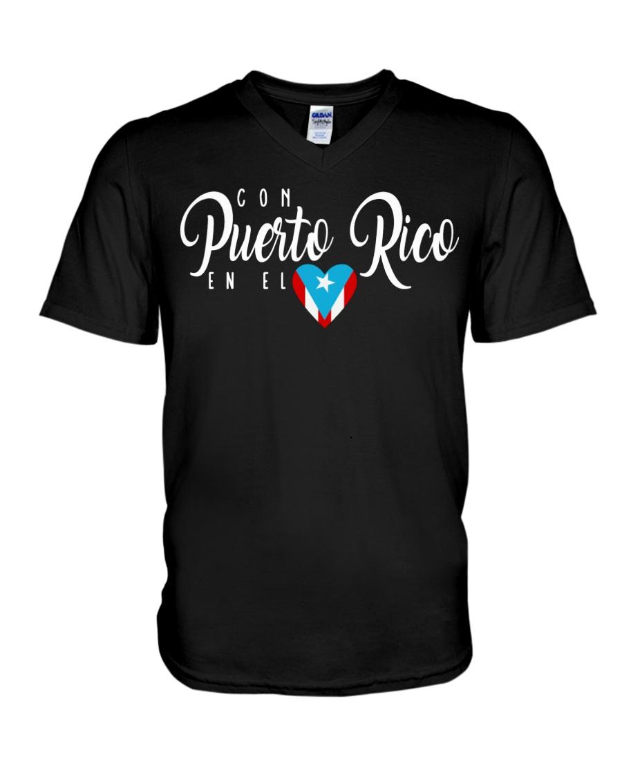 Con Puerto Rico en el corazon  V-Neck T-Shirt