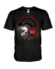 Red Red White white forever forever V-Neck T-Shirt thumbnail