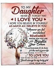 Never Forget That I Love U Mom To Daughter Fleece Blanket tile