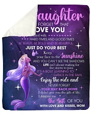 Never Forget That I Love U Mermaid Mom To Daughter Sherpa Fleece Blanket tile