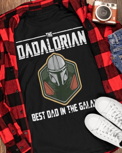 Official Mens Retro The Dadalorian Fathers Days Vintage Best shirt