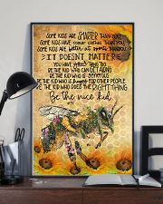 Bee poster 11x17 Poster lifestyle-poster-2