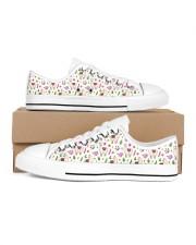 alpaca Garden Women's Low Top White Shoes thumbnail
