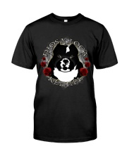 Diosa Loca Kennel - Apparel and Gifts Classic T-Shirt thumbnail
