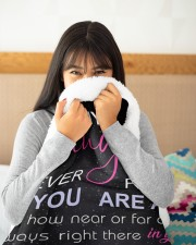 "To My Daughter Never Feel That You Are Alone Large Sherpa Fleece Blanket - 60"" x 80"" aos-sherpa-fleece-blanket-60x80-lifestyle-detail-front-14"