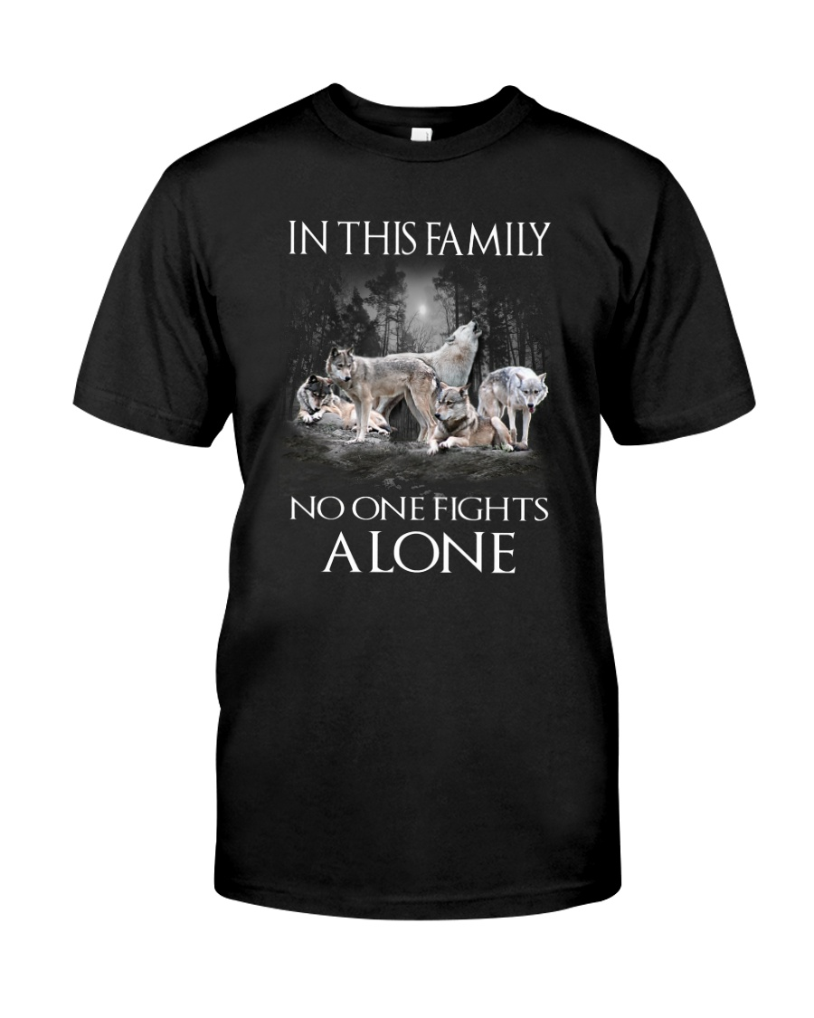 Wolf Family Classic T-Shirt