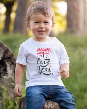 LOVE MOM LIMITED EDITION Youth T-Shirt lifestyle-youth-tshirt-front-4