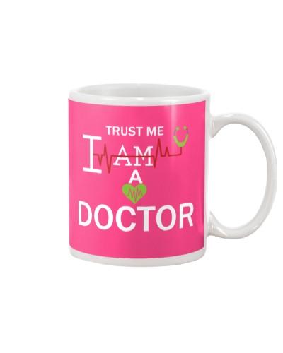 trust me i am a doctor mug