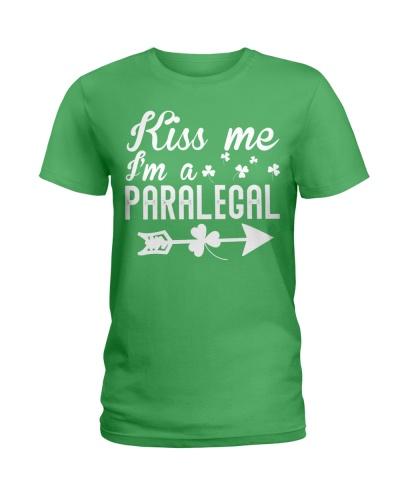 Kiss Me I'm A Paralegal