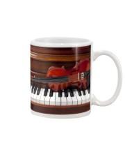 Violin with piano Mug front