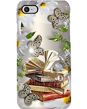 Librarian Books With Daisy And Butterfly Phone Case i-phone-7-case