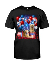 Golden Retriever  Independence Vr2 Classic T-Shirt front