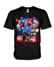 Miniature Schnauzer  Independence Vr2 V-Neck T-Shirt thumbnail
