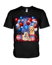 Goldendoodle  Independence Vr2 V-Neck T-Shirt thumbnail