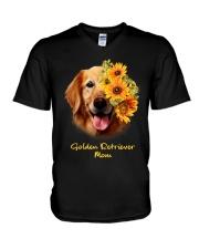 Golden Retriever Mom V-Neck T-Shirt thumbnail