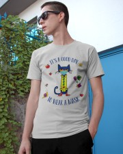 It's a good day Classic T-Shirt apparel-classic-tshirt-lifestyle-17