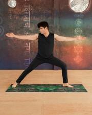 Camo Yoga Mat 70x24 (horizontal) aos-yoga-mat-lifestyle-01