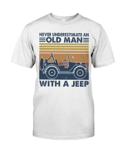 Never Underestimate A Old Man Classic T-Shirt thumbnail