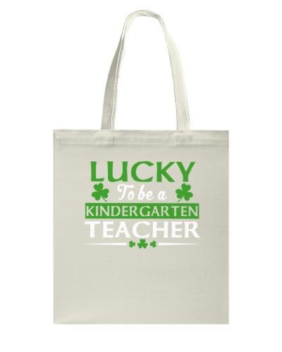 Kindergarten Teacher Lucky 01