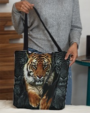 Tiger Tote Bag All-over Tote aos-all-over-tote-lifestyle-front-10