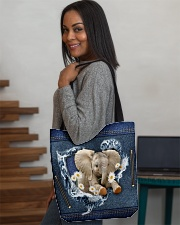 Elephant Daisy Jean For Elephant Lovers Tote Bag All-over Tote aos-all-over-tote-lifestyle-front-08