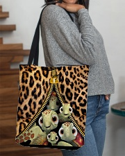 Turtle Funny Leopard All-over Tote All-over Tote aos-all-over-tote-lifestyle-front-09