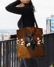 Black Cat Daisy Patchwork All-over Tote aos-all-over-tote-lifestyle-front-05