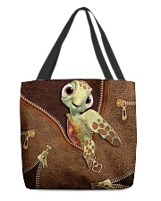 Turtle  All-over Tote front