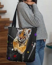 Tiger - Zip - All - Tote  All-over Tote aos-all-over-tote-lifestyle-front-09